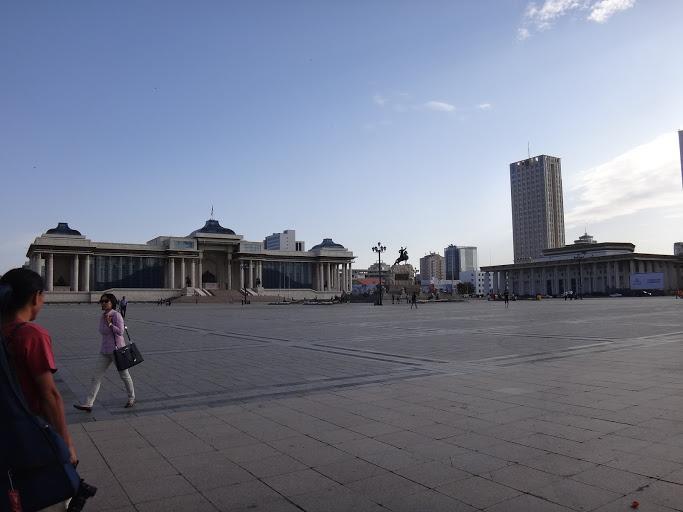 チンギスハーン広場